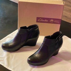 Clarks black wedge booties